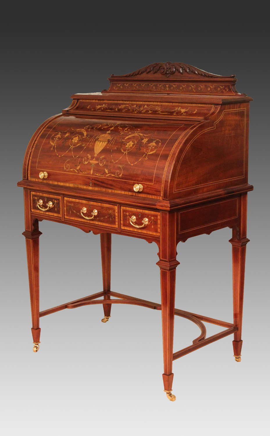 A Beautiful Late Victorian Mahogany cylinder desk.