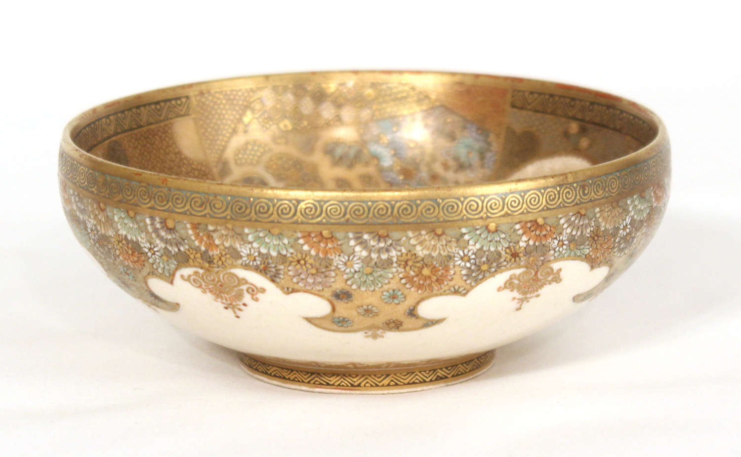 An Exceptional Japanese Meiji Period Satsuma Bowl