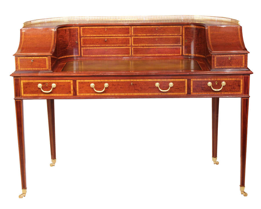 An Elegant Edwardian Mahogany Carlton House desk