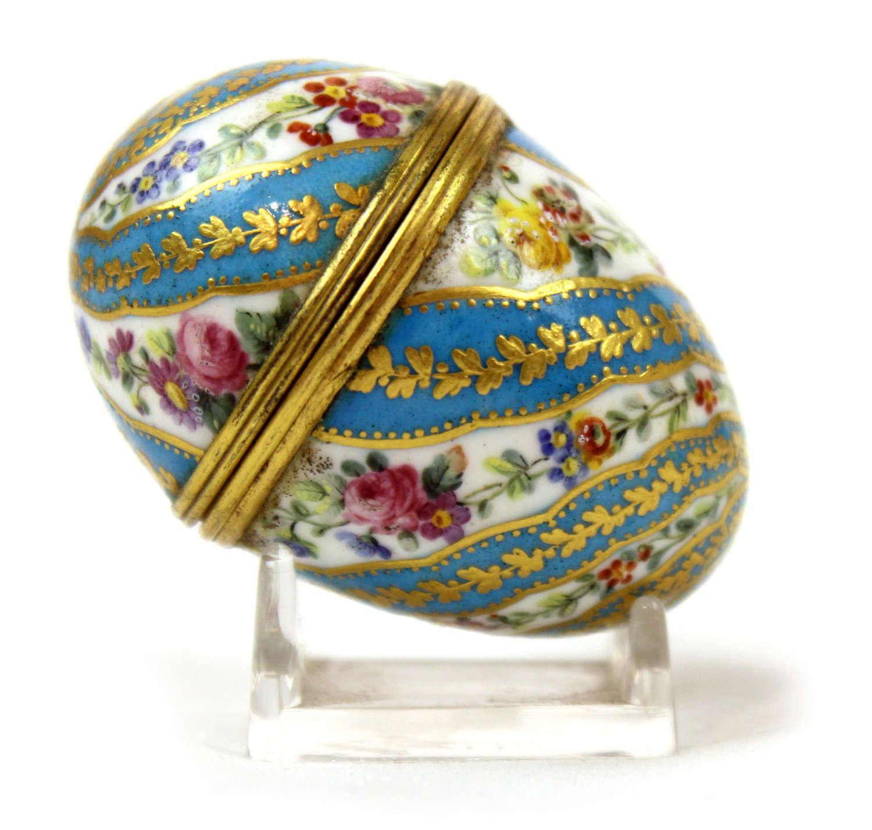 A Fine Sevres Porcelain Egg Snuff Box